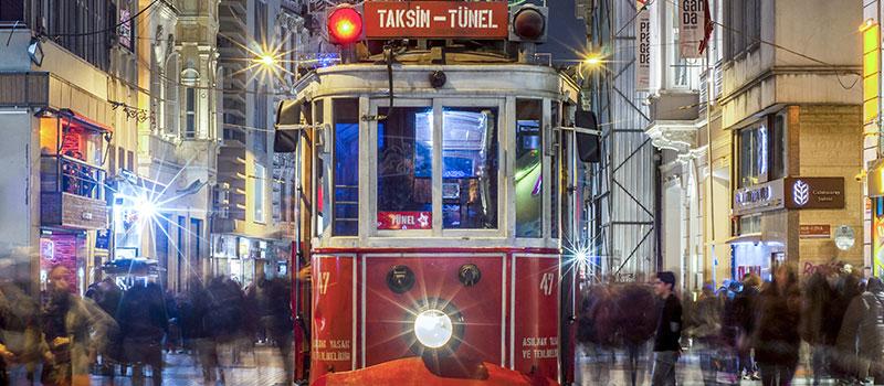 İstanbul'da Sevgilinizle Görmeniz Gereken Nostaljik Semtler