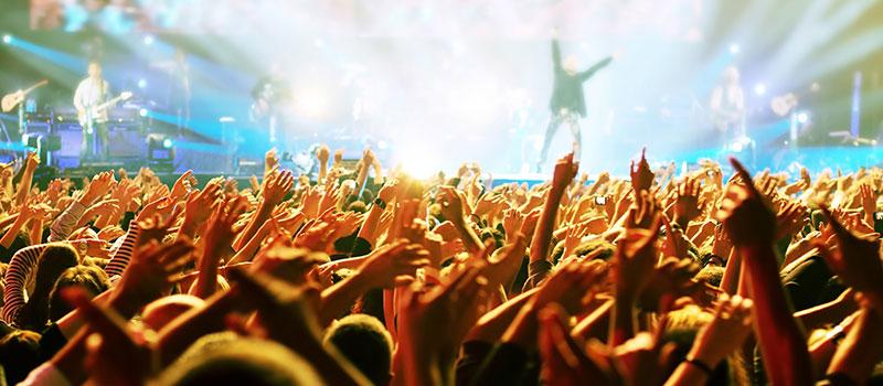 Yazın İstanbul'da Sevgilinizle Gidebileceğiniz Konserler