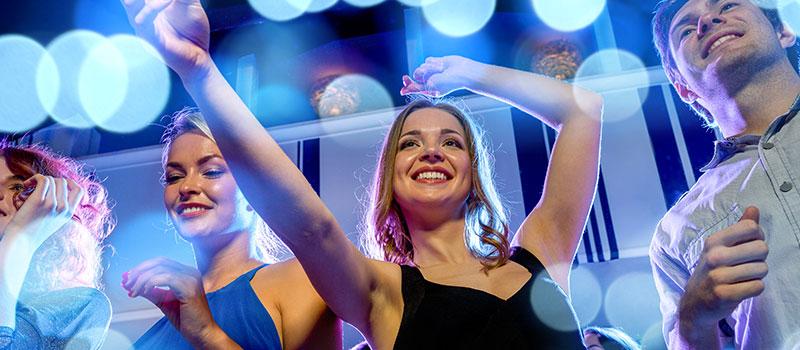 İstanbul'da Kız Arkadaşınızla Gidebileceğiniz Gece Kulüpleri
