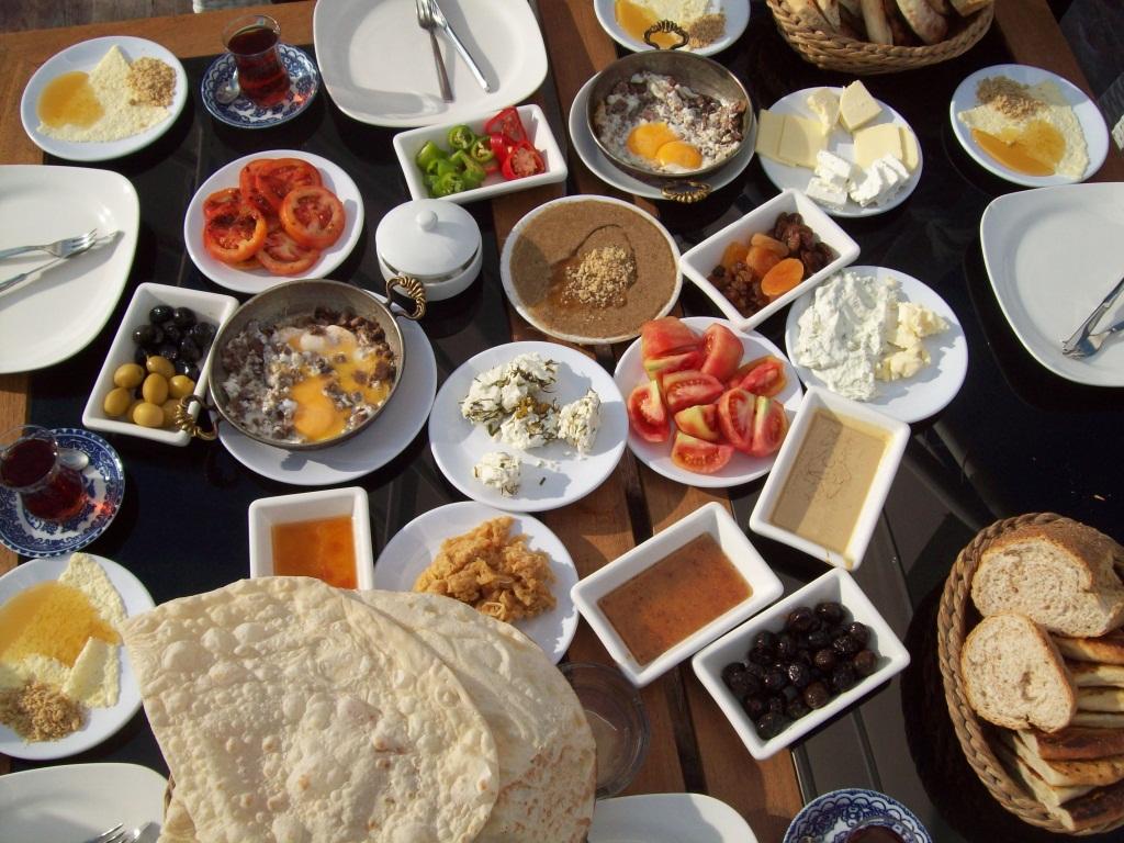 Beşiktaş'ta Sevgilinizle Kahvaltı Yapabileceğiniz Mekanlar