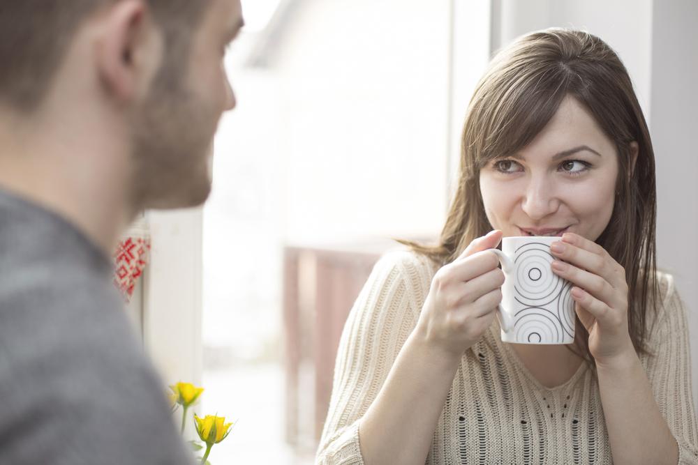 Sizden hoşlanıp hoşlanmadığını anlamak için birlikteyken veya ayrı olduğunuz sürelerdeki davranışlarına biraz daha dikkatli bakmanız yeterli.
