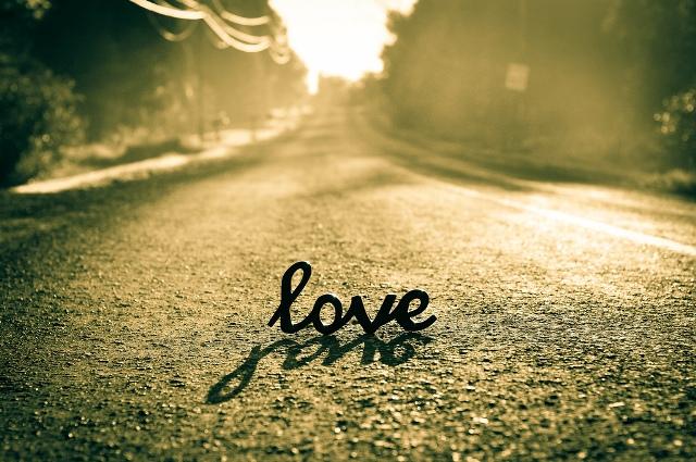 Gelecek Sevgililer Günü'nü yalnız geçirmemek için yapmanız gerekenler